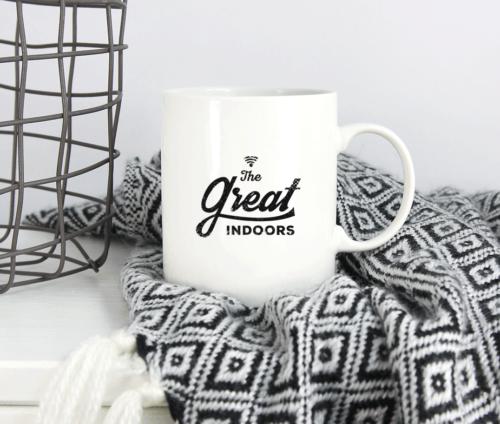 "Krus med trykket ""The great indoors"" og Wifi symbol"