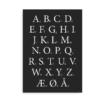 Klassisk alfabetplakat med hvide bogstaver